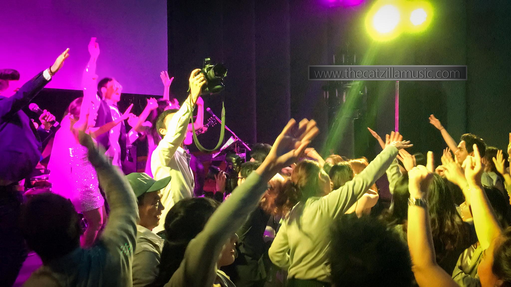 วงดนตรีงานแต่งงาน after party-บุ๋นแบนด์-Catzilla-วงดนตรีงานแต่ง ราคา-แนะนำวงดนตรีงานแต่ง-วงดนตรีงานแต่งงาน after party มันๆ-ปาร์ตี้-วงดนตรี after party ราคา-ราคาวงดนตรีงานแต่ง