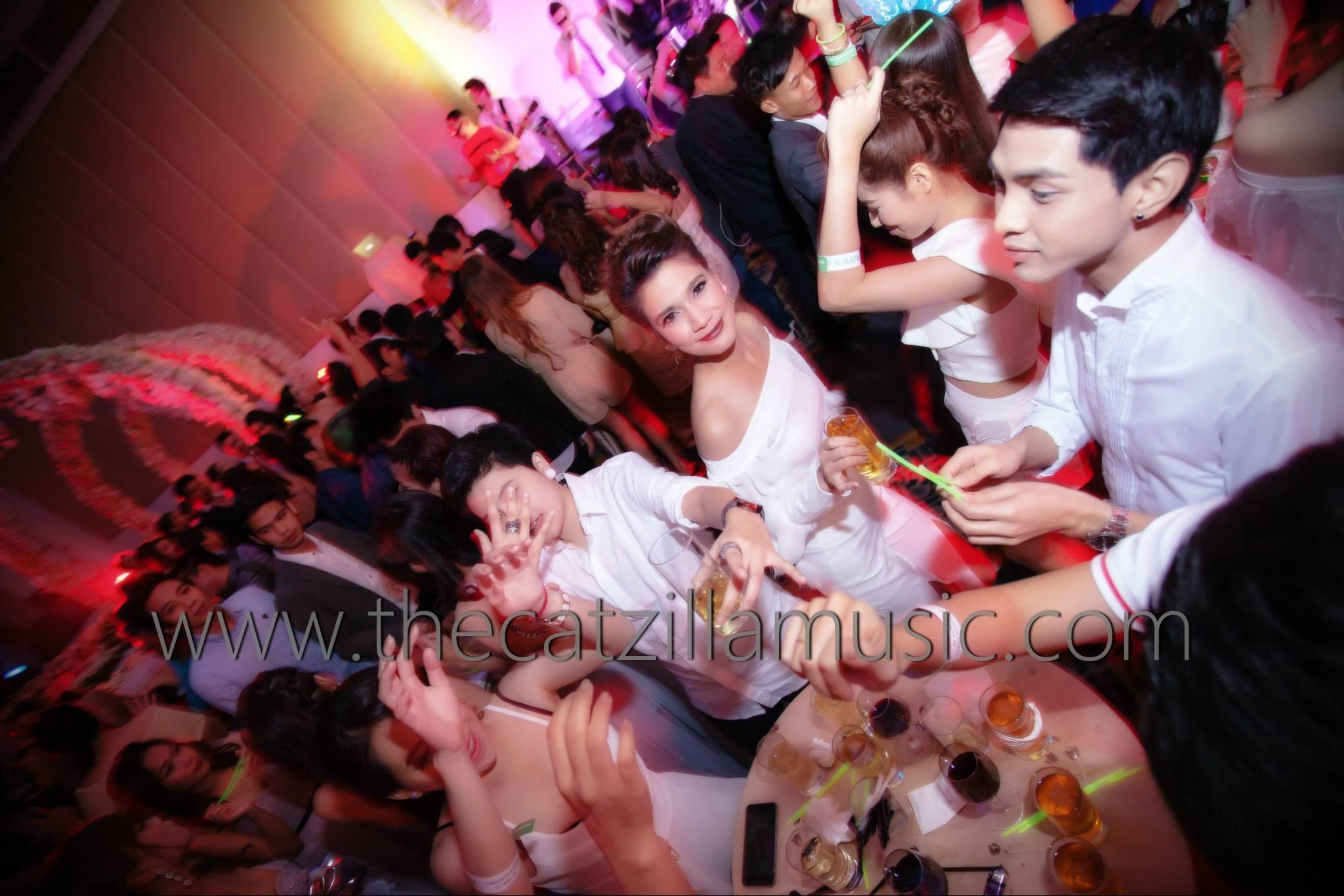 After Party งานแต่งงาน วงดนตรีงานเลี้ยง บุ๋นแบนด์ วงดนตรีสด After party wedding วงดนตรีงานแต่งงาน thecatzillamusic