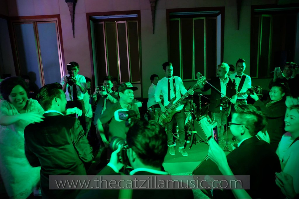วงดนตรีงานแต่งงาน After Party Wedding บุ๋นแบนด์ Catzilla โรงเเรมสุโขทัย