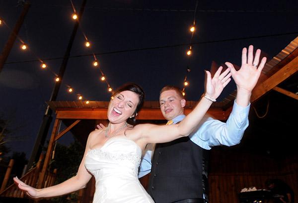 เทคนิคง่ายๆ ถ่ายภาพงานแต่งงานให้สวยอย่างมืออาชีพ