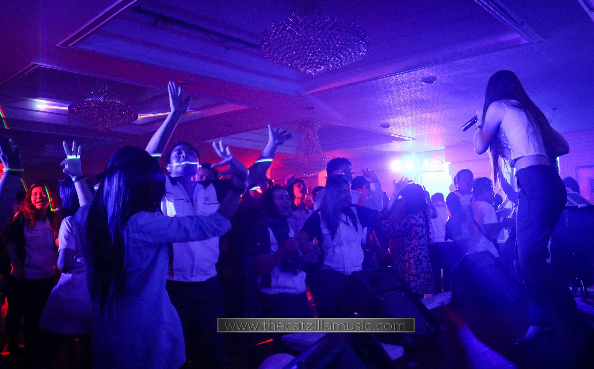 วงดนตรีงานเลี้ยง After Party งานแต่งงาน บุ๋นแบนด์ วงดนตรีสด After party wedding วงดนตรีงานแต่งงาน thecatzillamusic Avana 10