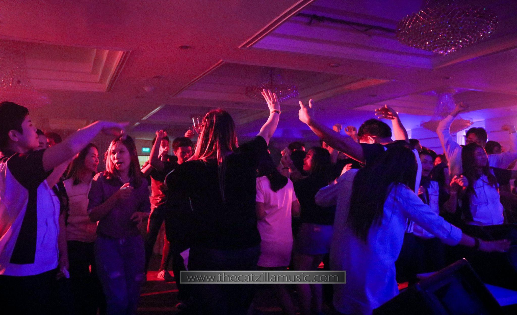 วงดนตรีงานเลี้ยง After Party งานแต่งงาน บุ๋นแบนด์ วงดนตรีสด After party wedding วงดนตรีงานแต่งงาน thecatzillamusic Avana 9