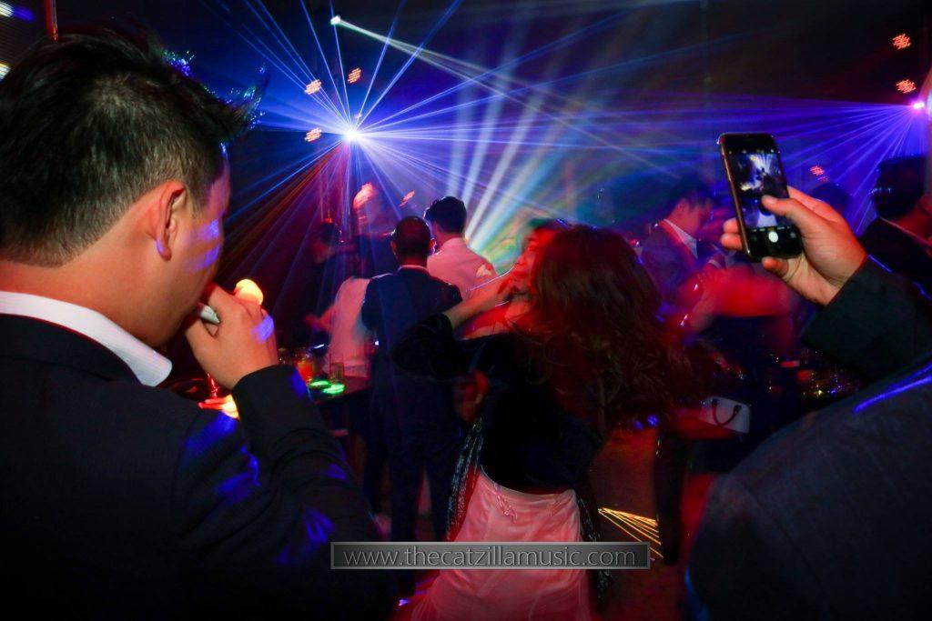 งานแต่งงานที่โรงแรมโอกุระ After Party Wedding at Okura Bangkok วงดนตรี catzilla