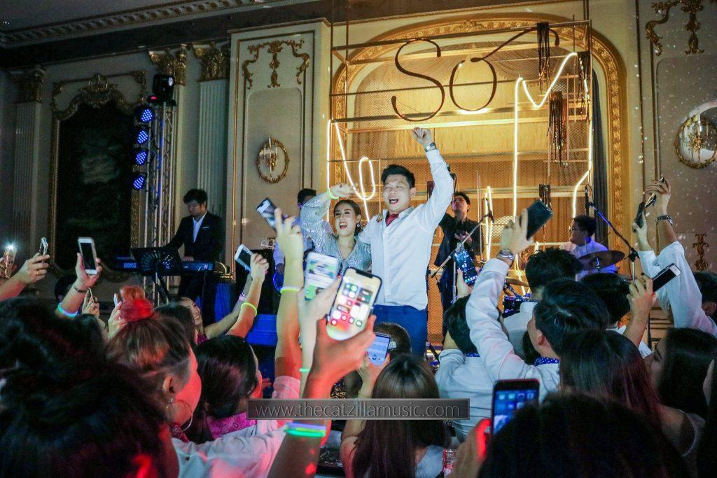 แต่งงาน-โอเรียนเต็ล-โรงแรมโอเรียนเต็ล-งานแต่งงาน-วงดนตรี-After-Party-Wedding-บุ๋นแบนด์-Catzilla-oriental-residence-bangkok-แต่งงาน-วงดนตรี-งานเลี้ยง-แนะนำวงดนตรีงานแต่ง-วงดนตรีงานแต่ง-มันส์ๆ-After Party งานแต่ง-วงดนตรีเล่นสด